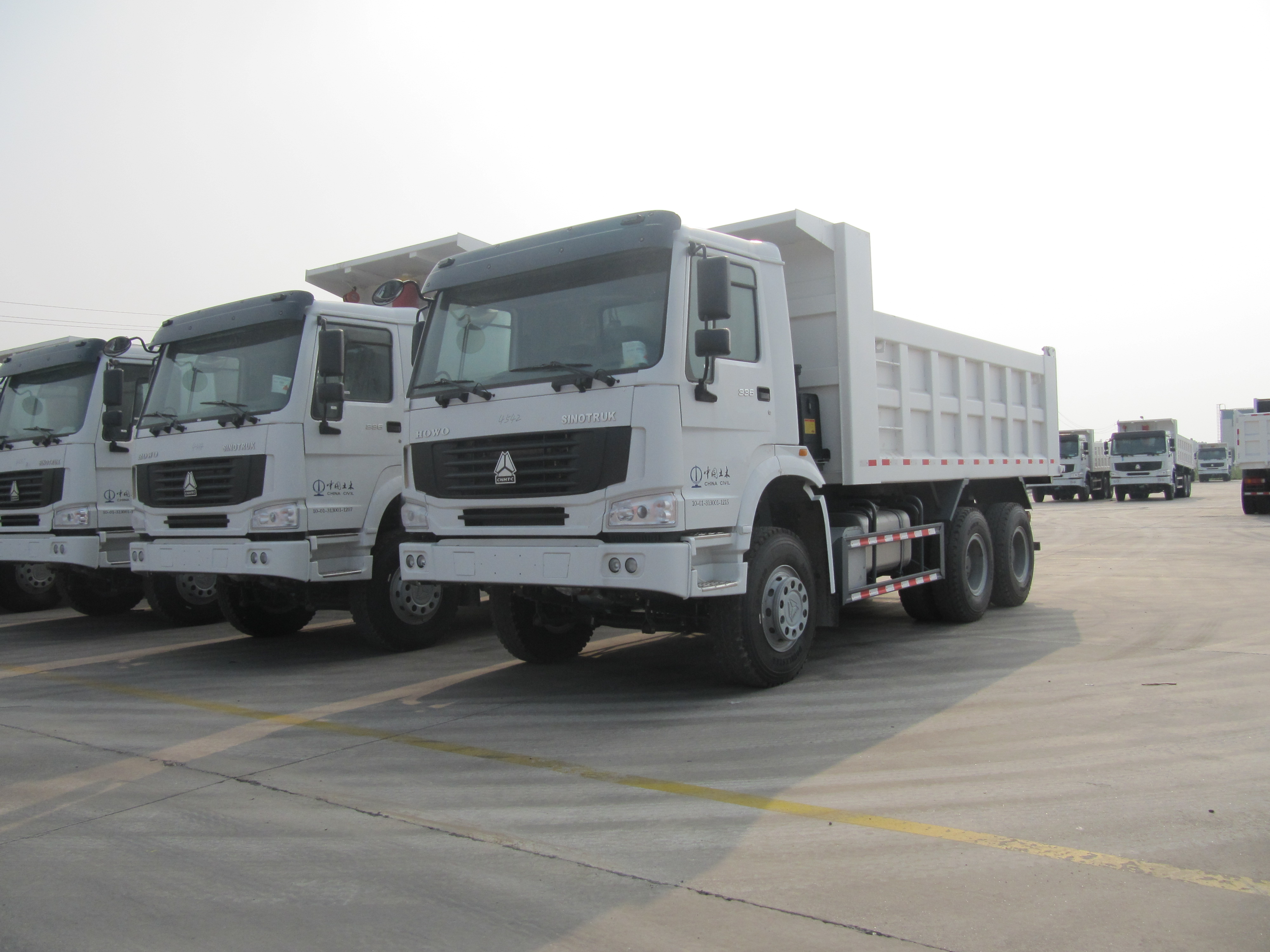 sinotruk howo tipper truck for sale